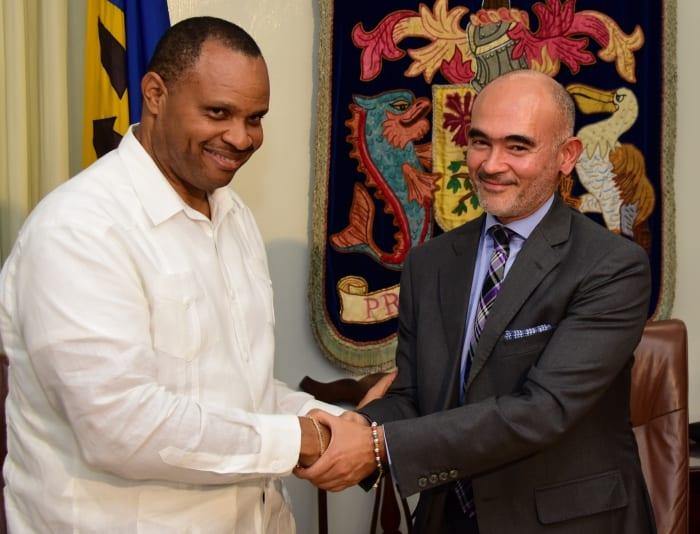 Gov't Signs US $34 Million IDB Loan