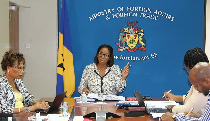 Foreign Trade Division Meets With Private Sector