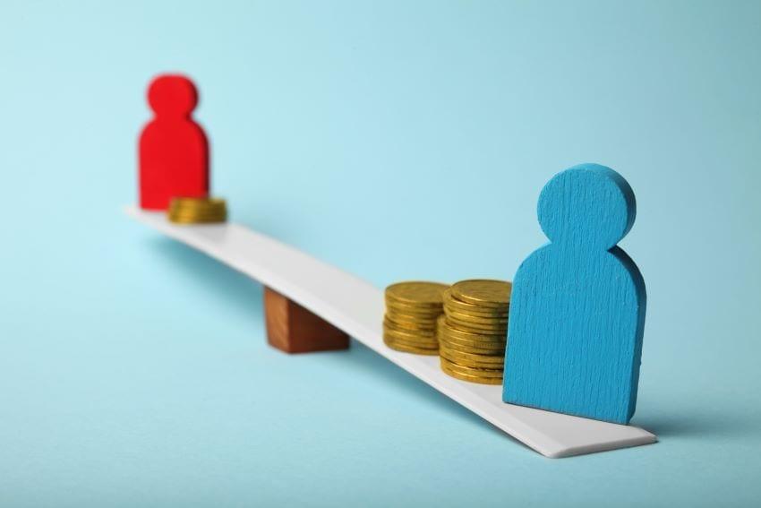 Still Inequalities In Gender Pay & Work